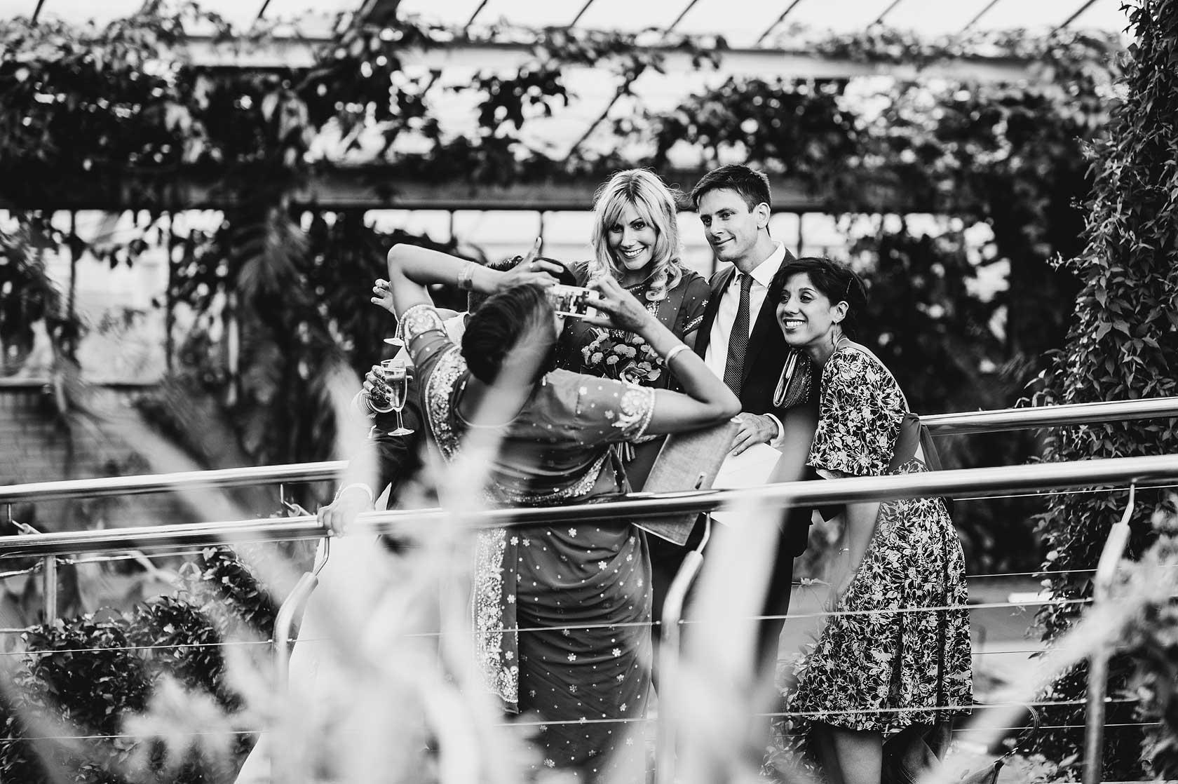 Wedding Photojournalism at Kew Gardens