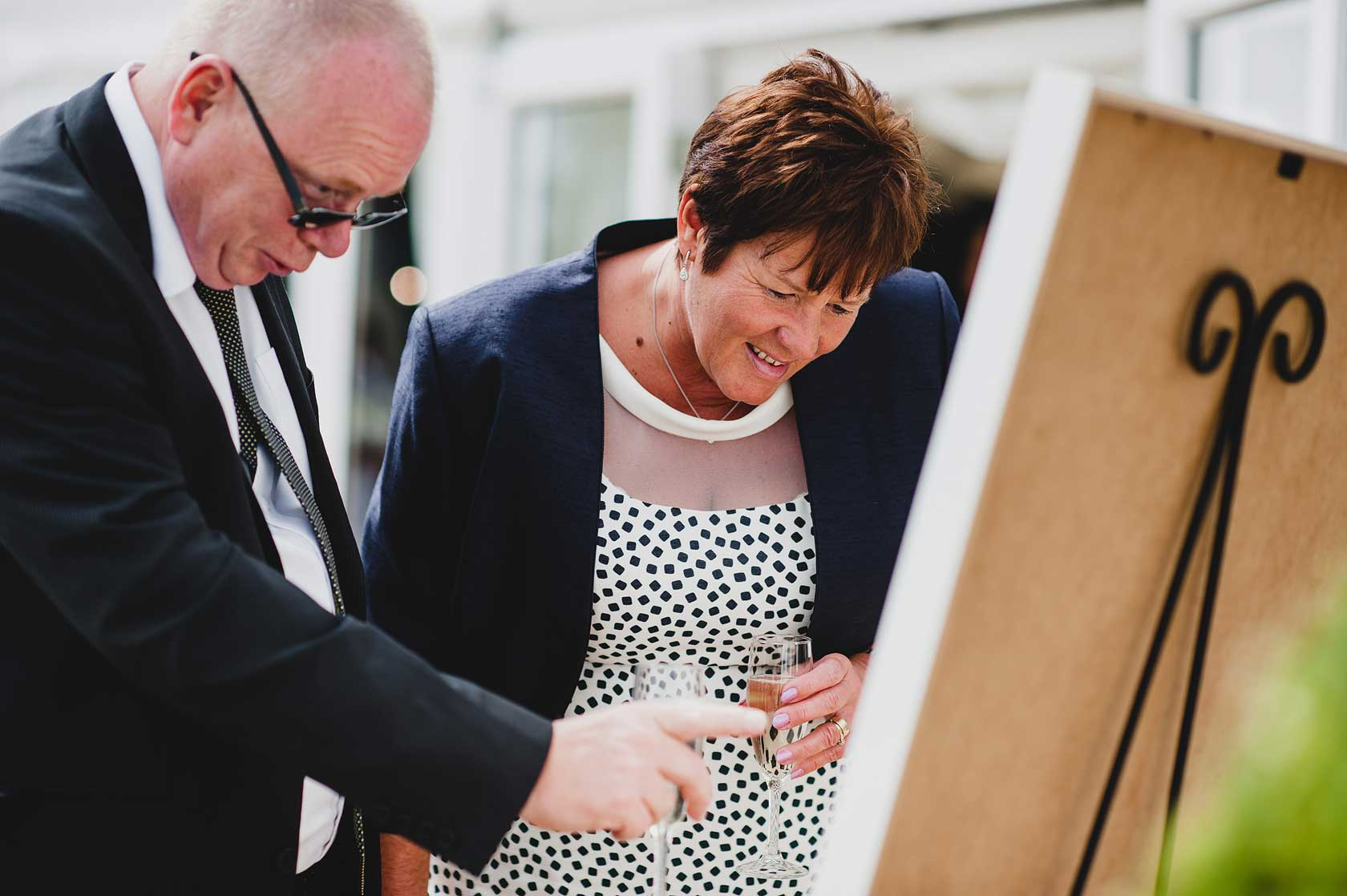 Reportage Wedding Photography at Osmaston Park