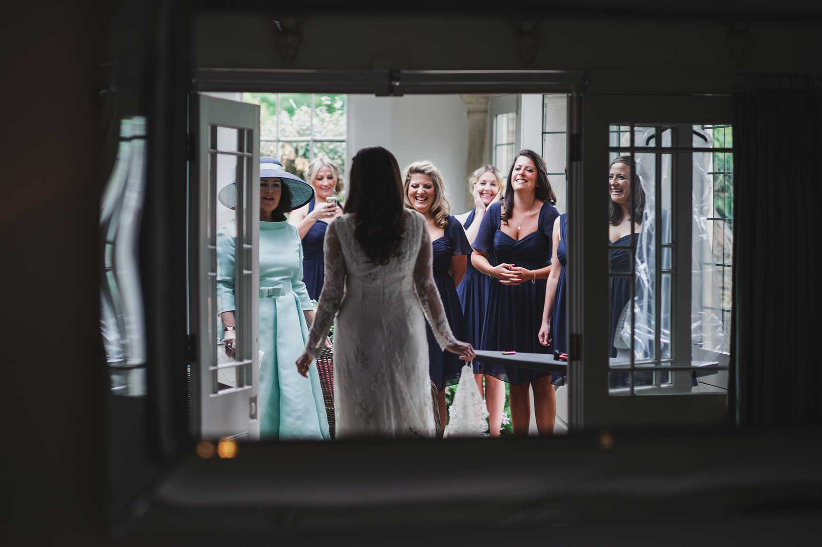 Reportage Wedding Photography at Barnsley House