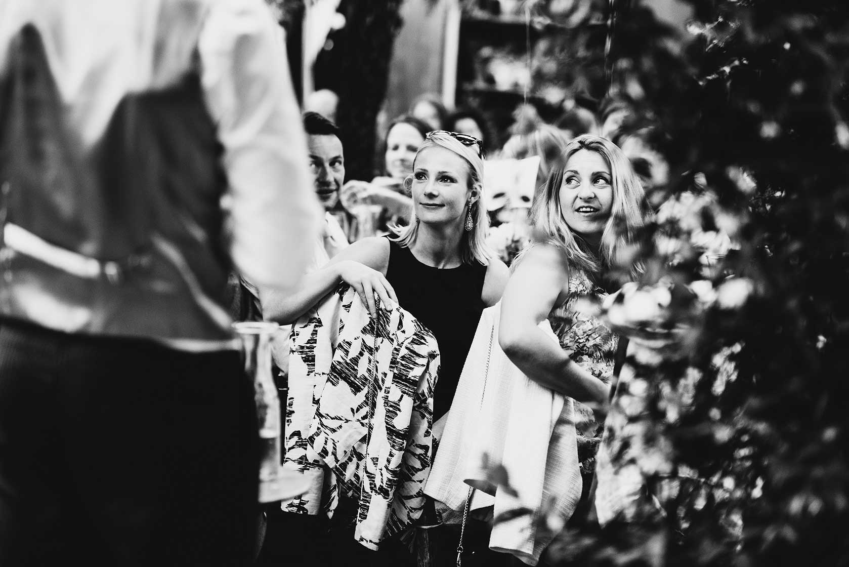 Reportage Wedding Photography at Petersham Nurseries